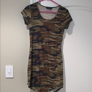 Derek Heart Camo stretch dress - super soft!! M